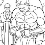 Batman vistiéndose